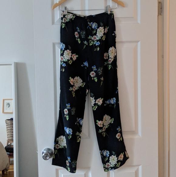 008cc446 Zara Pants | Navy Floral Print Trouser | Poshmark